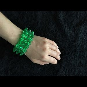 Jewelry - Green plastic spike bracelet